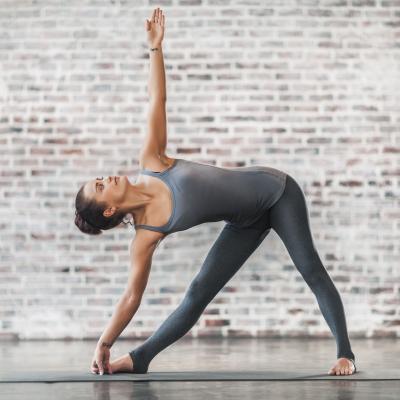 Yoga tops men